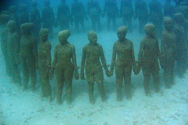 "Underwater sculpture ""Visissitudes"" in Moliniere Bay, Grenada - Flickr credit: https://www.flickr.com/photos/suncat/"