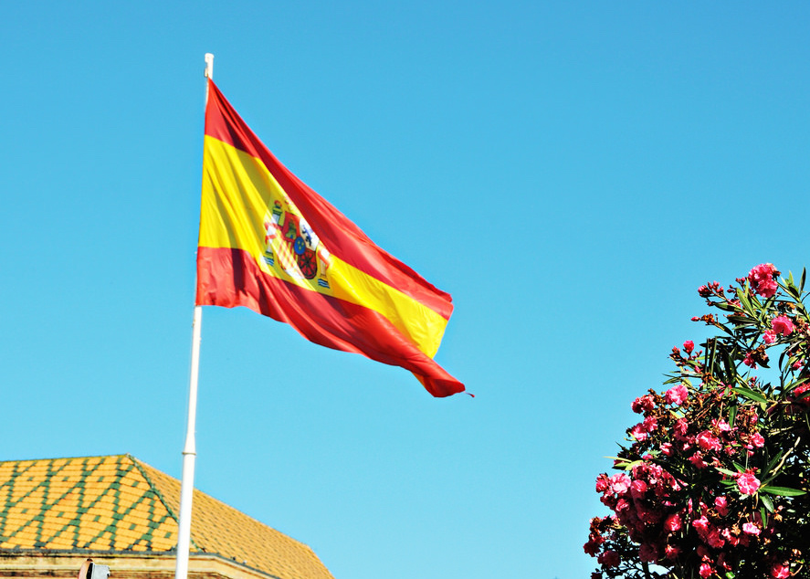 Spain granted residency to 8915 foreign investors on ...